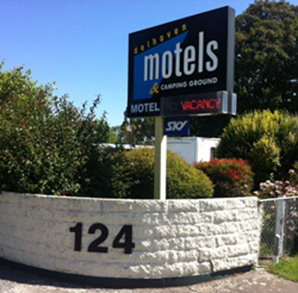 Delhaven Motels and Caravan Park