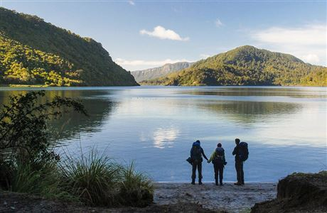 Lake Waikaremoana Walk-In Conservation Campsites