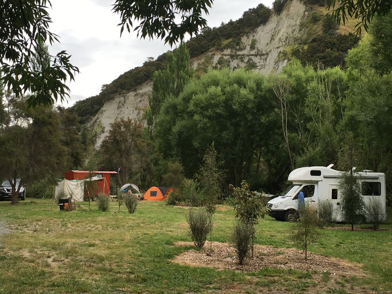 Waiwhenua Farmstay and River Park.